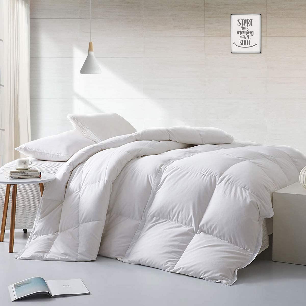 Lightweight European Goose Down Comforter Full/Queen Size Du
